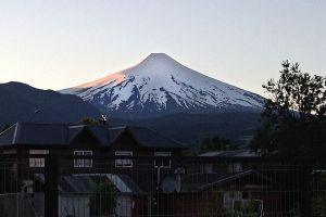 VolcanoVillarica_Dec14_01.jpg
